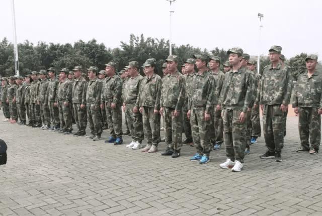2016年奥美格黄埔军校拓展培训